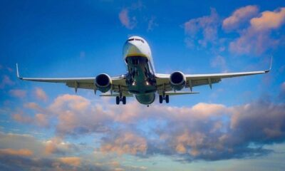 commercial passenger flights to India